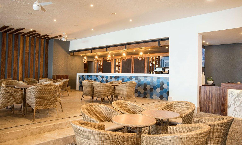 Sheraton buganvilias Lobby bar  1