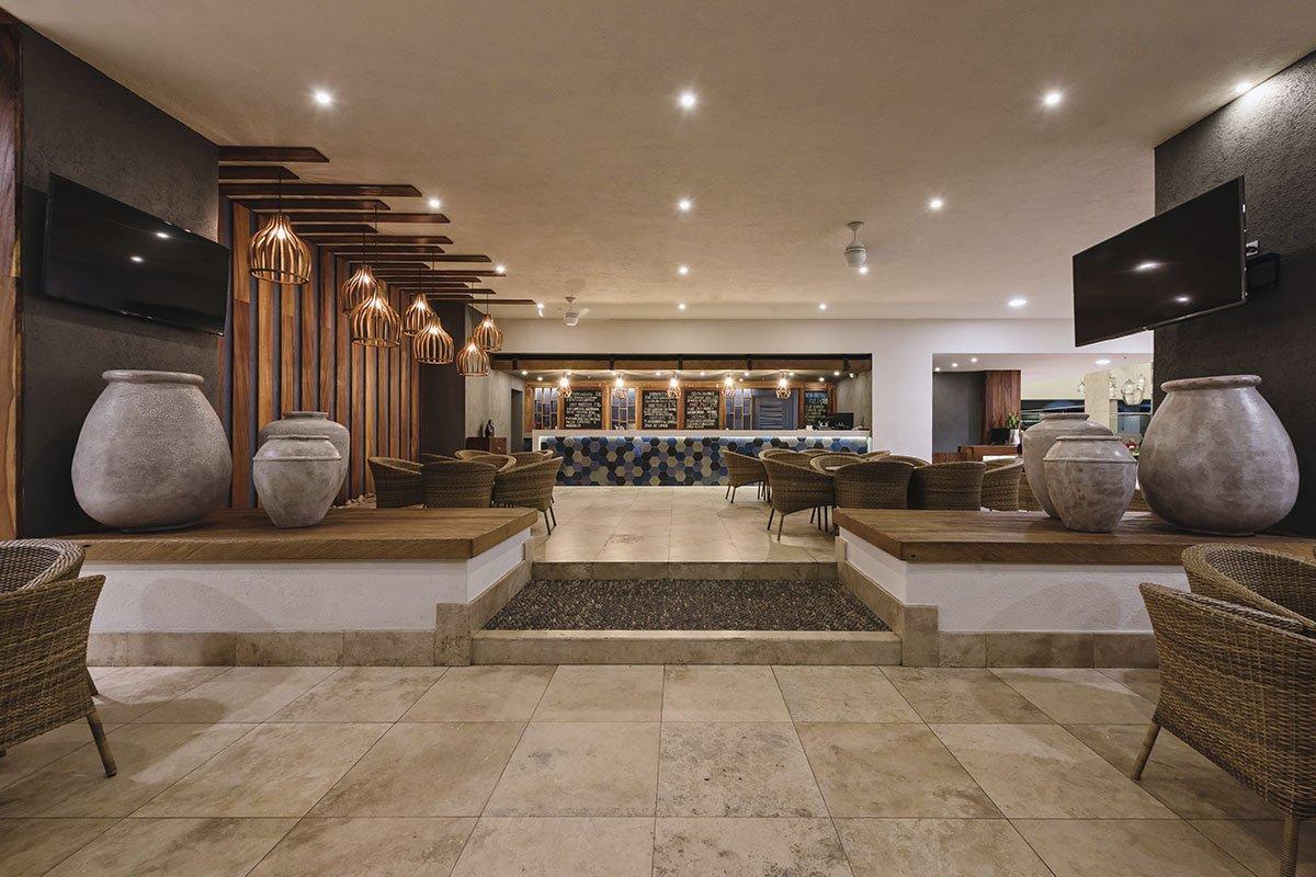 sheraton buganvilias resort lobby bar 1200