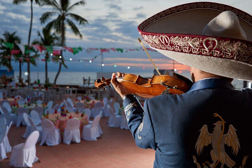 SHERATON BUGANVILIAS Promo Viva Mexico 2021 Puerto Vallarta