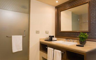 pvrsi-club-bathroom-6060-hor-clsc